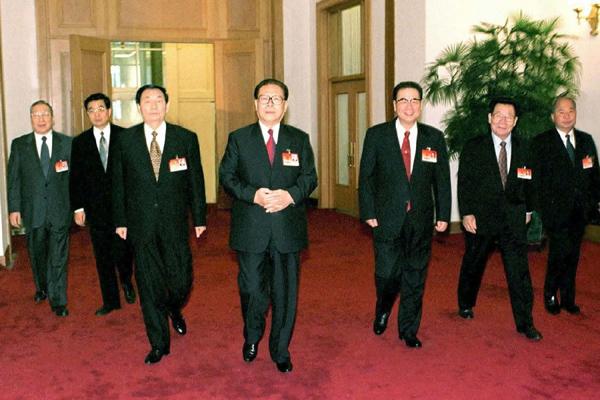 图为党和国家领导人江泽民、李鹏、朱镕基、李瑞环、胡锦涛、尉健图片