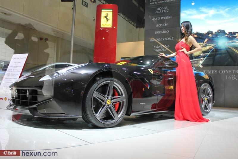 法拉利展台f12亮相南京车展高清图片